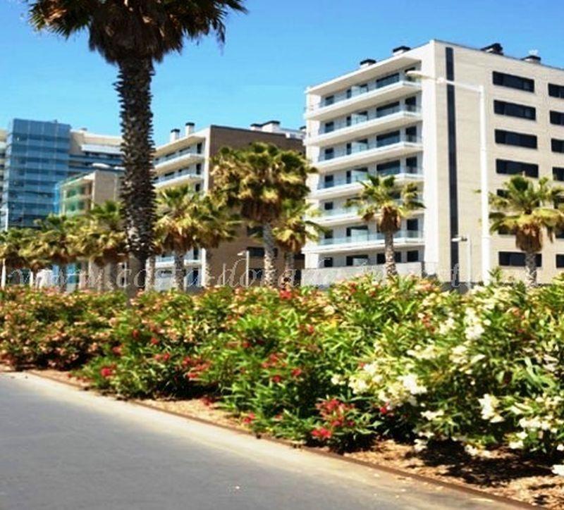 Апартаменты в Барселоне, Испания, 72 м2 - фото 1