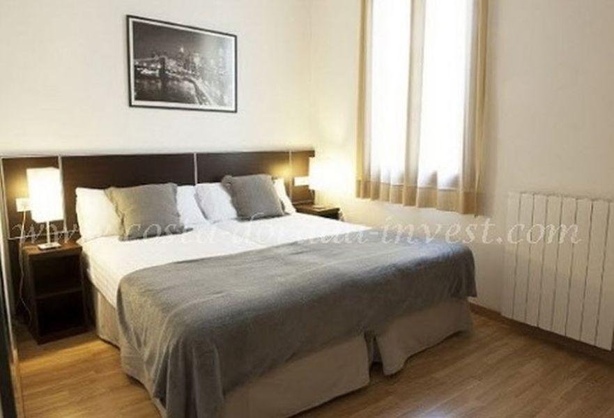 Коммерческая недвижимость в Барселоне, Испания, 767 м2 - фото 1
