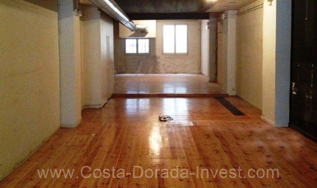 Коммерческая недвижимость в Барселоне, Испания, 150 м2 - фото 1