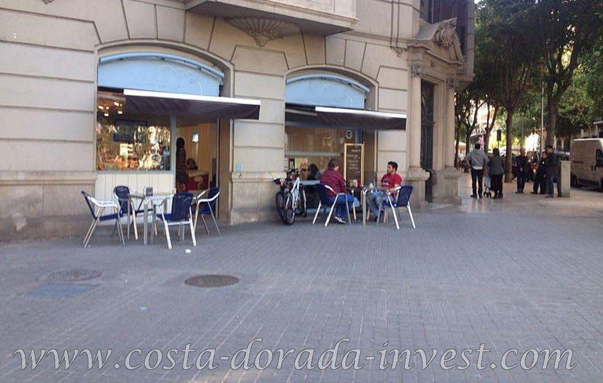 Коммерческая недвижимость в Барселоне, Испания, 106 м2 - фото 1