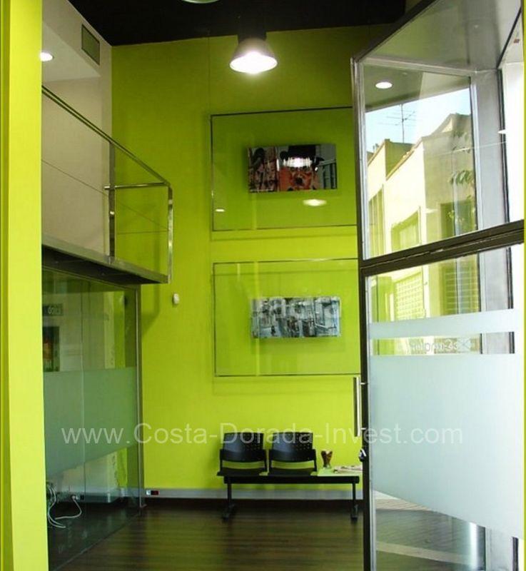 Коммерческая недвижимость в Барселоне, Испания, 225 м2 - фото 1