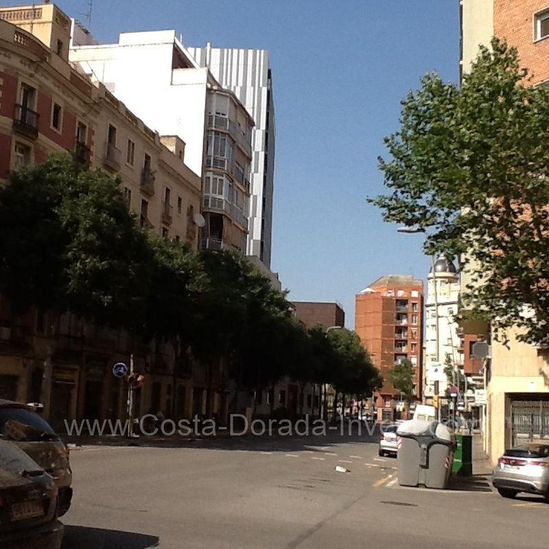 Коммерческая недвижимость в Барселоне, Испания, 480 м2 - фото 1