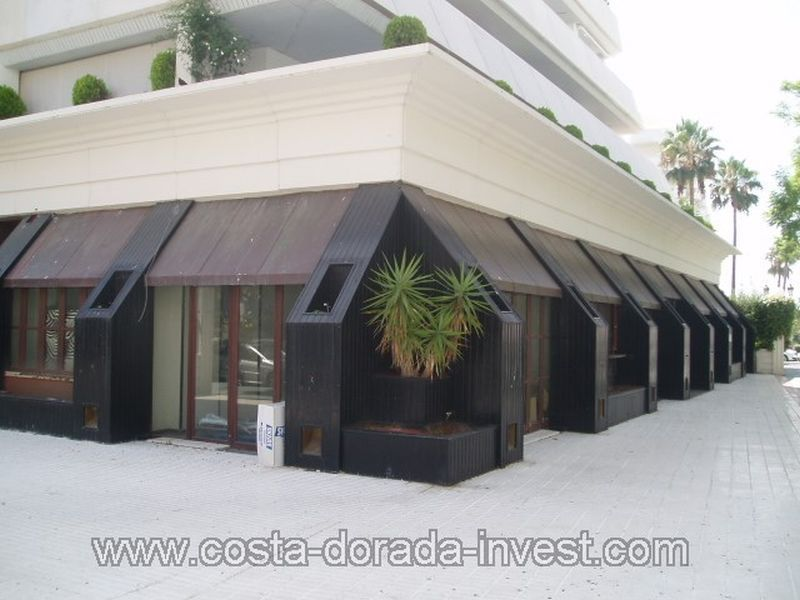 Кафе, ресторан в Марбелье, Испания, 400 м2 - фото 1