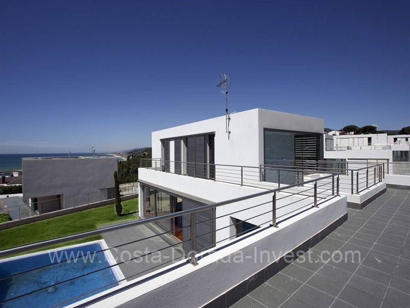 Дом в Барселоне, Испания, 357 м2 - фото 1