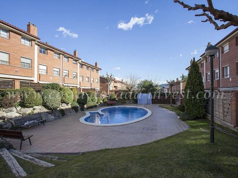 Дом в Барселоне, Испания, 220 м2 - фото 1