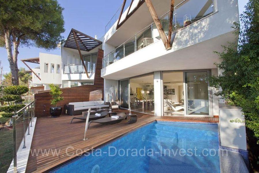 Дом в Марбелье, Испания, 350 м2 - фото 1