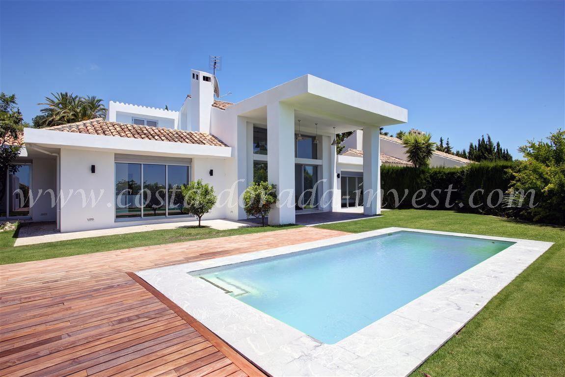 Дом в Марбелье, Испания, 823 м2 - фото 1