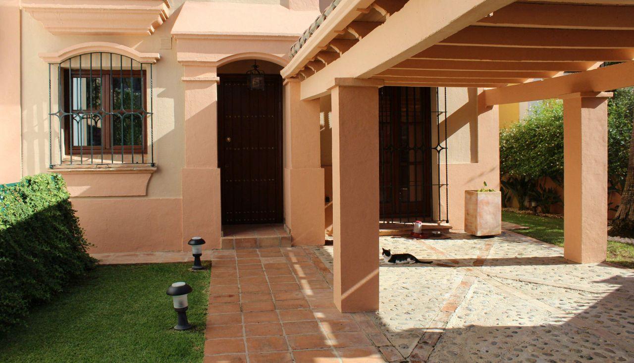 Дом в Марбелье, Испания - фото 1