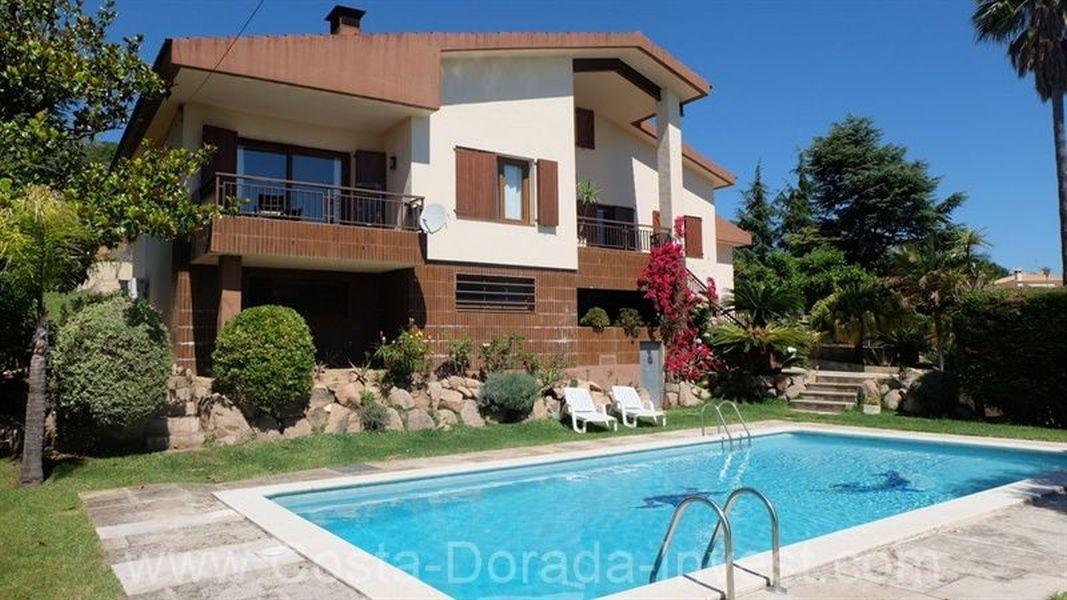 Дом на Коста-Брава, Испания, 300 м2 - фото 1