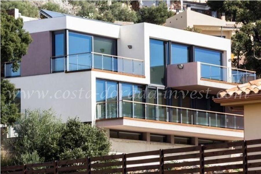 Дом на Коста-Брава, Испания, 488 м2 - фото 1