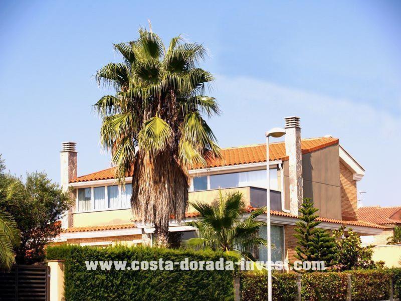 Дом на Коста-Дорада, Испания, 450 м2 - фото 1