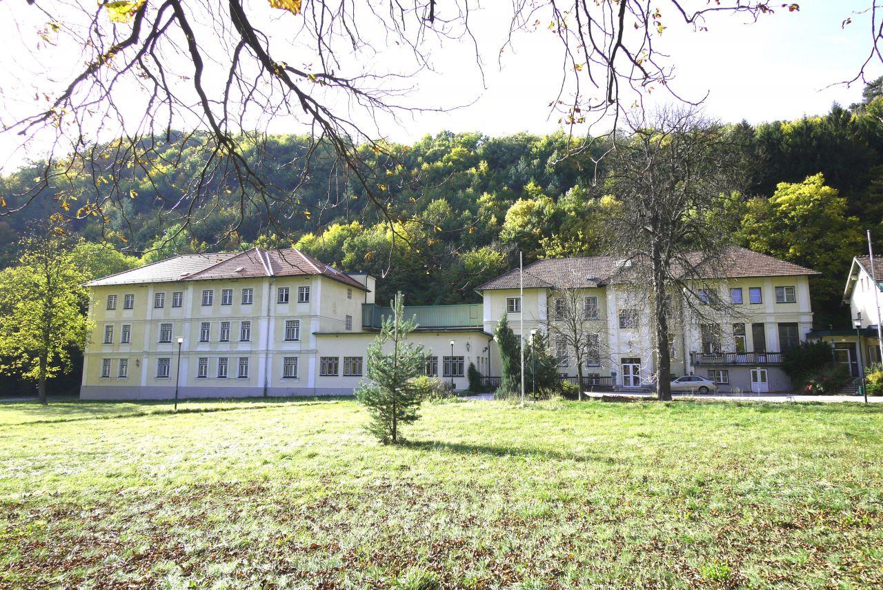 Коммерческая недвижимость в Нижней Австрии, Австрия, 58462 м2 - фото 1