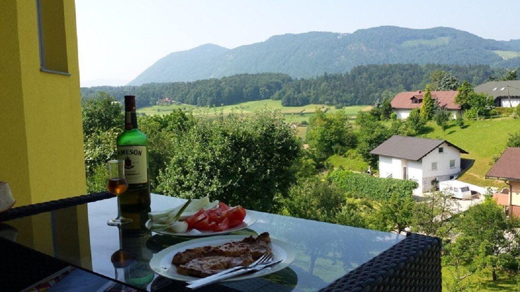 Дом в Целе, Словения, 4000 м2 - фото 1