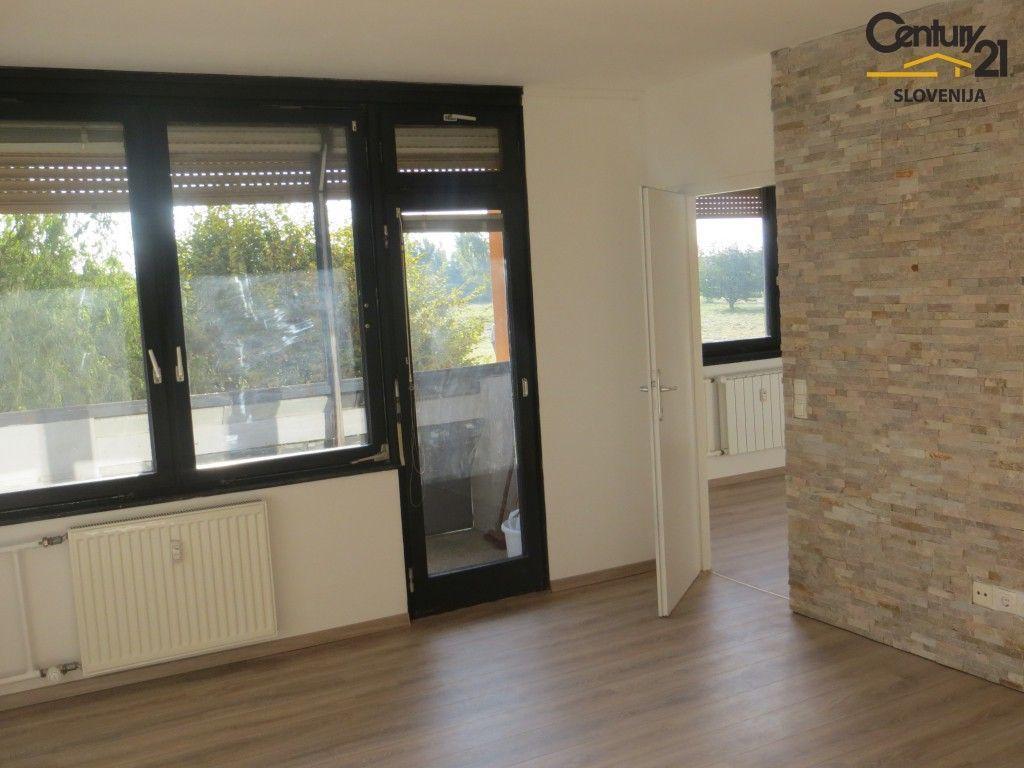 Квартира в Мариборе, Словения, 63 м2 - фото 1