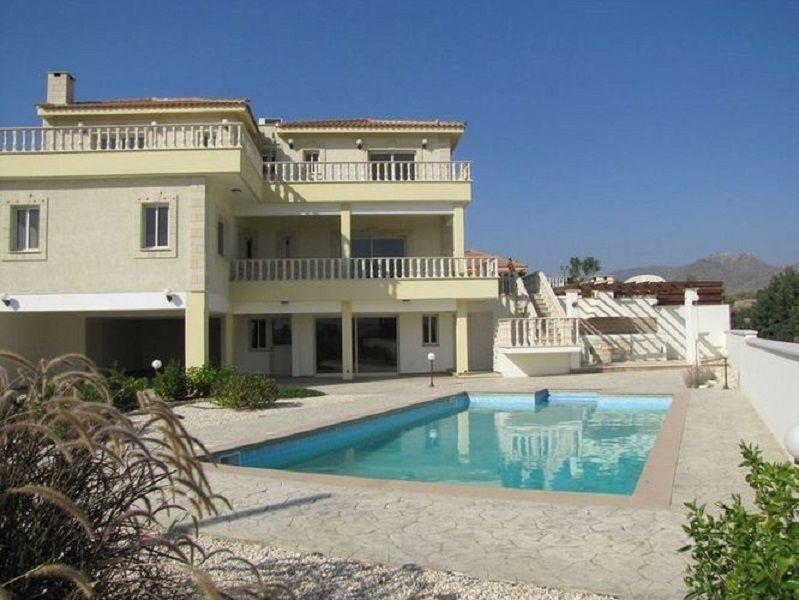 Вилла в Лимассоле, Кипр, 1050 м2 - фото 1