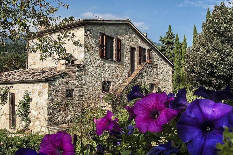 Особняк в Сиене, Италия, 13000 м2 - фото 4