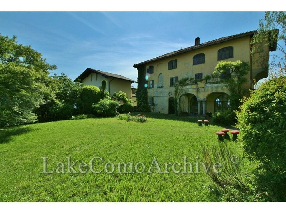 Property in Lombardy cheap price