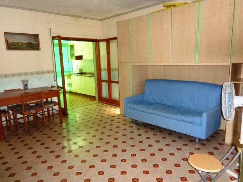 Квартира в Скалее, Италия, 45 м2 - фото 1