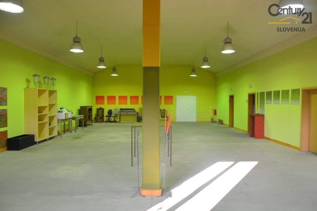 Коммерческая недвижимость в Мариборе, Словения, 2044.58 м2 - фото 5