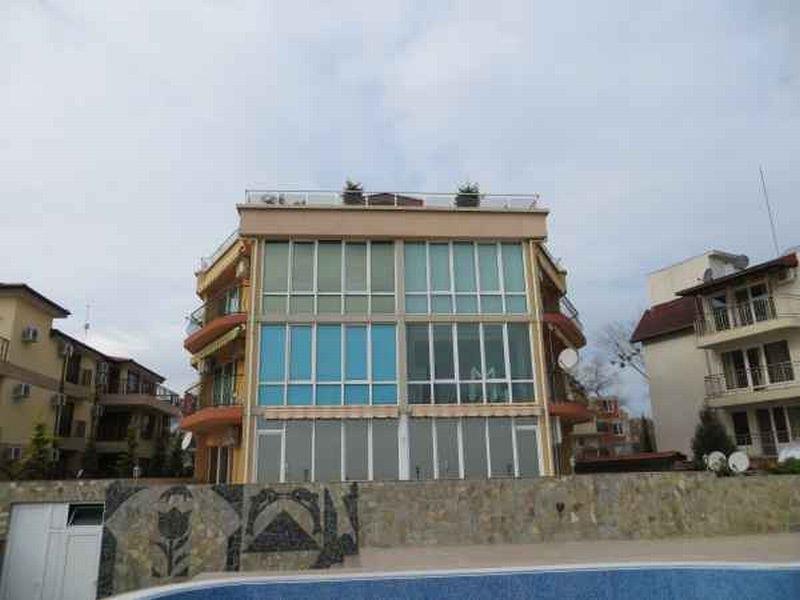 Доходный дом в Бургасской области, Болгария, 390 м2 - фото 1