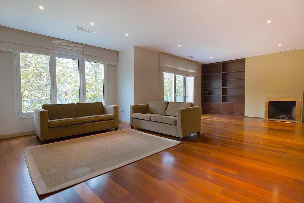Квартира в Барселоне, Испания, 337 м2 - фото 1
