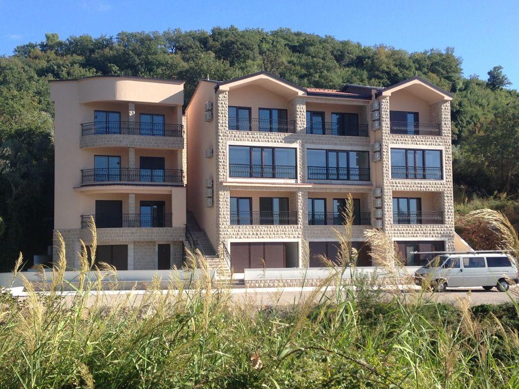 Отель, гостиница в Пржно, Черногория, 730 м2 - фото 1