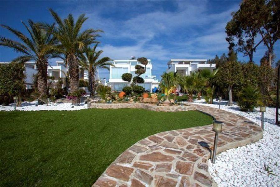 Вилла в Ларнаке, Кипр, 477 м2 - фото 1