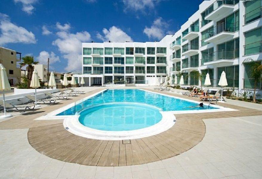 Квартира в Ларнаке, Кипр, 40 м2 - фото 1