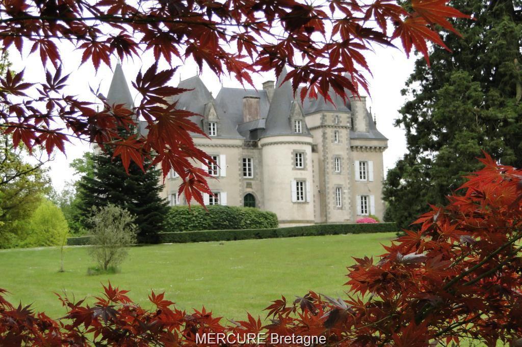 Замок в Бретани, Франция, 750 м2 - фото 1