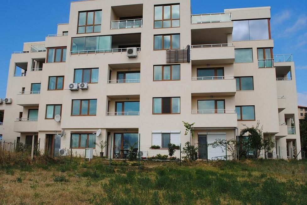 Апартаменты в Варне, Болгария, 83.7 м2 - фото 1