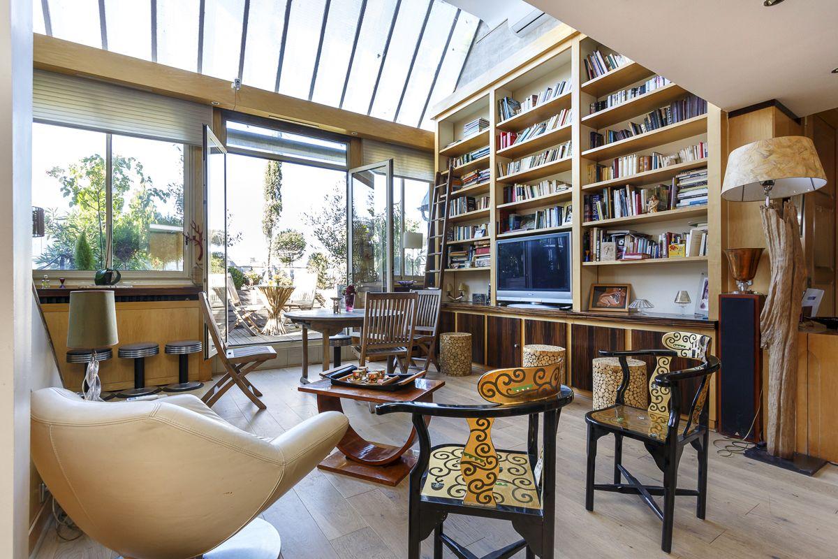 Квартира в Париже, Франция, 100 м2 - фото 1