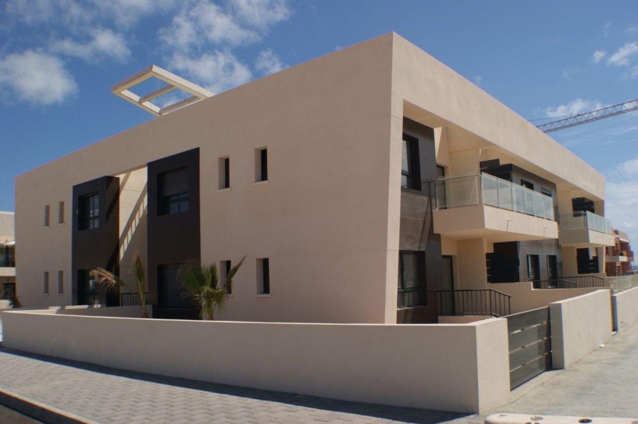 Апартаменты в Пилар де ла Орадада, Испания, 70 м2 - фото 1