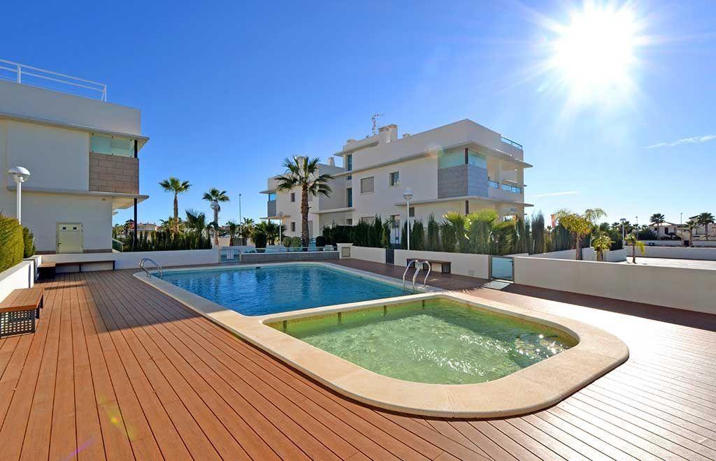 Апартаменты в Сьюдад-Кесада, Испания, 104 м2 - фото 1