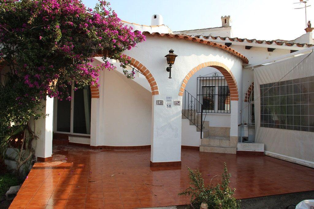 Бунгало в Эльс-Поблетс, Испания - фото 1