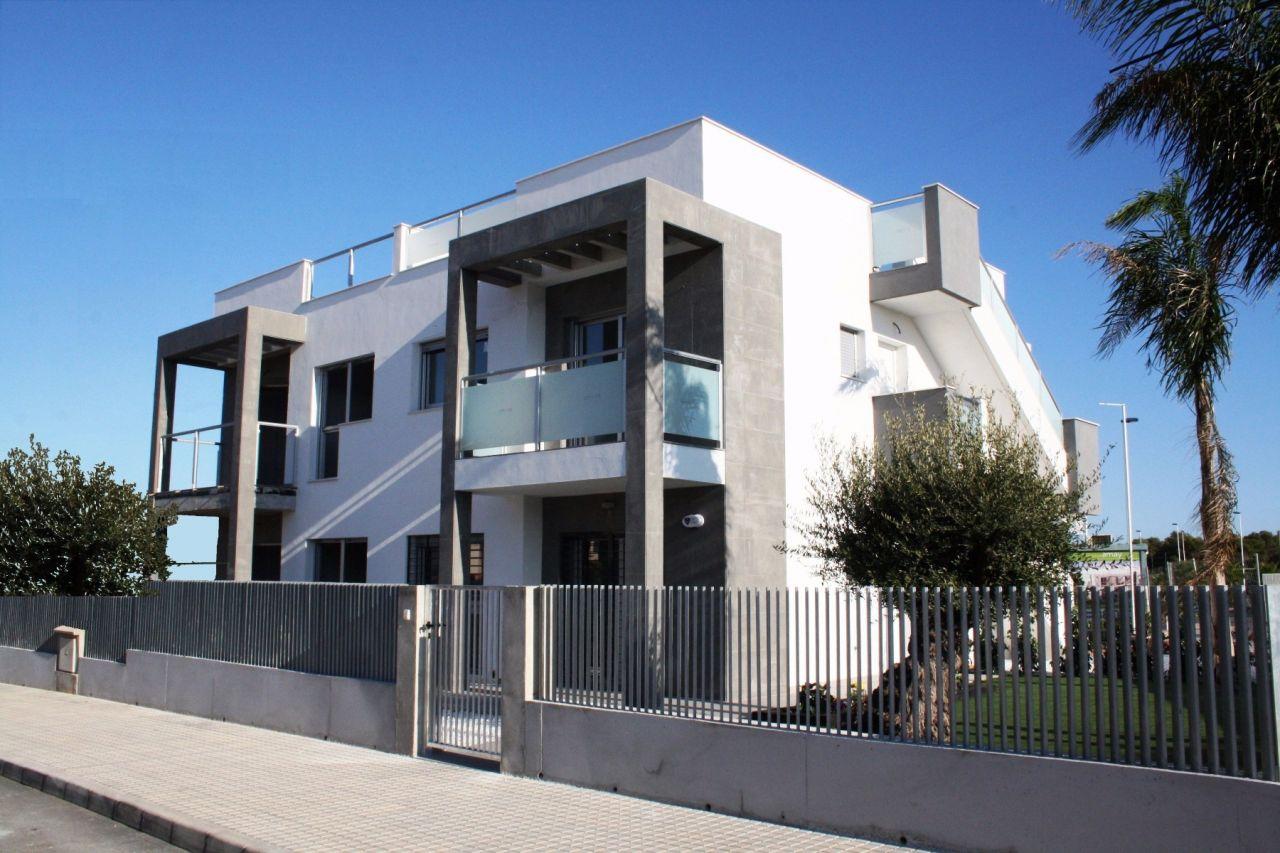 Апартаменты в Сьюдад-Кесада, Испания, 78 м2 - фото 1