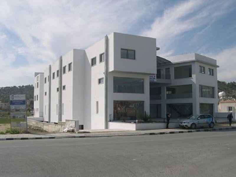 Коммерческая недвижимость в Ларнаке, Кипр, 58 м2 - фото 1