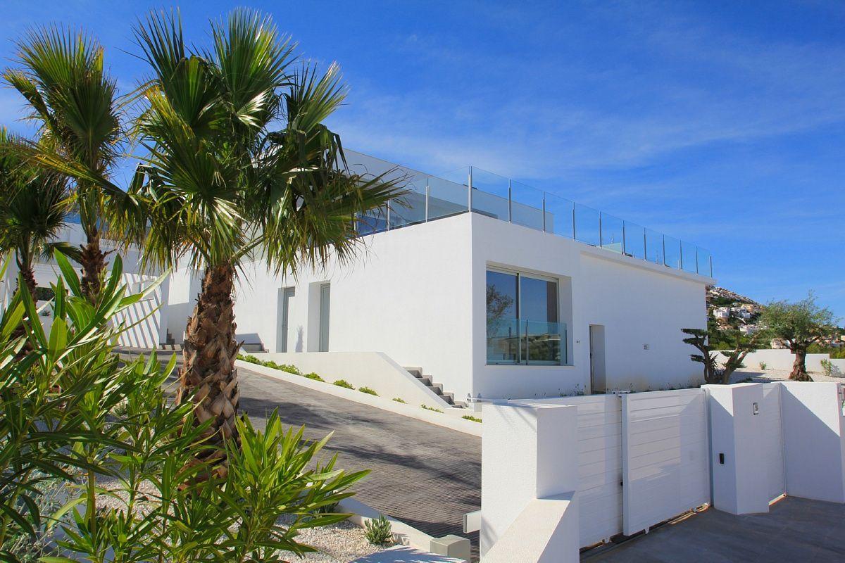 Вилла в Кумбре дель Соль, Испания, 339 м2 - фото 1