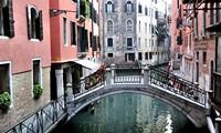 В Венеции велосипеды туристов объявлены вне закона