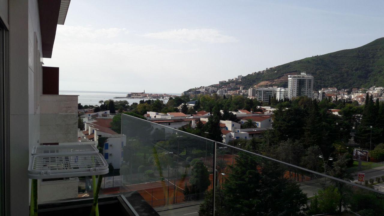 Квартира в Будве, Черногория, 63 м2 - фото 1