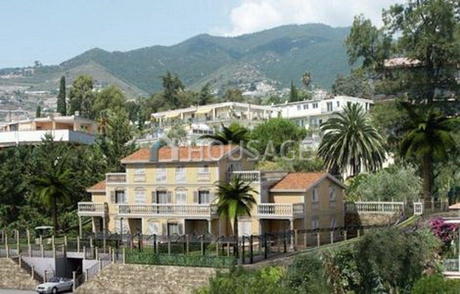 Апартаменты в Сан-Ремо, Италия, 70 м2 - фото 1