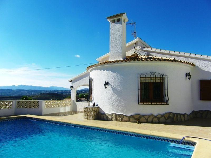 Недвижимость на морайра испания
