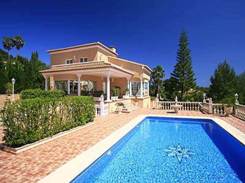 Рыбалка и недвижимость в испании