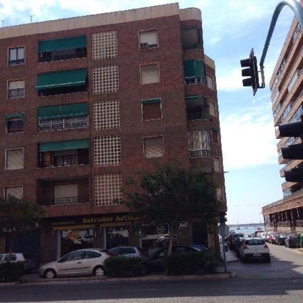 Апартаменты в Торревьехе, Испания, 98 м2 - фото 1