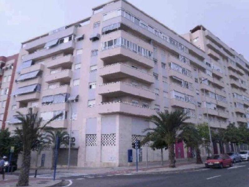 Коммерческая недвижимость в Аликанте, Испания, 159 м2 - фото 1