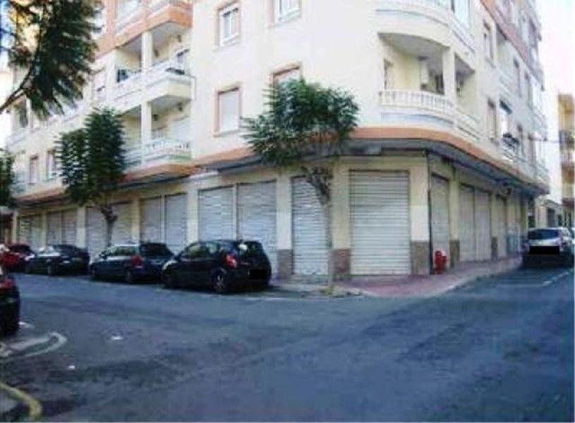 Коммерческая недвижимость в Торревьехе, Испания, 478 м2 - фото 1