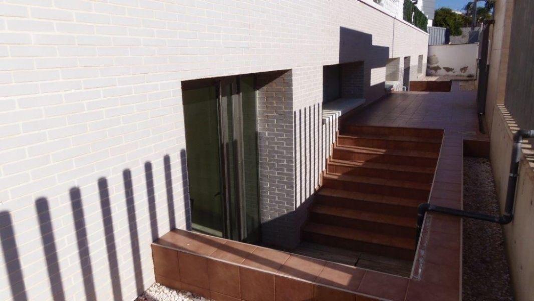 Коммерческая недвижимость в Аликанте, Испания, 507 м2 - фото 1