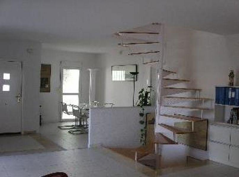 Коммерческая недвижимость в Бенидорме, Испания, 300 м2 - фото 1