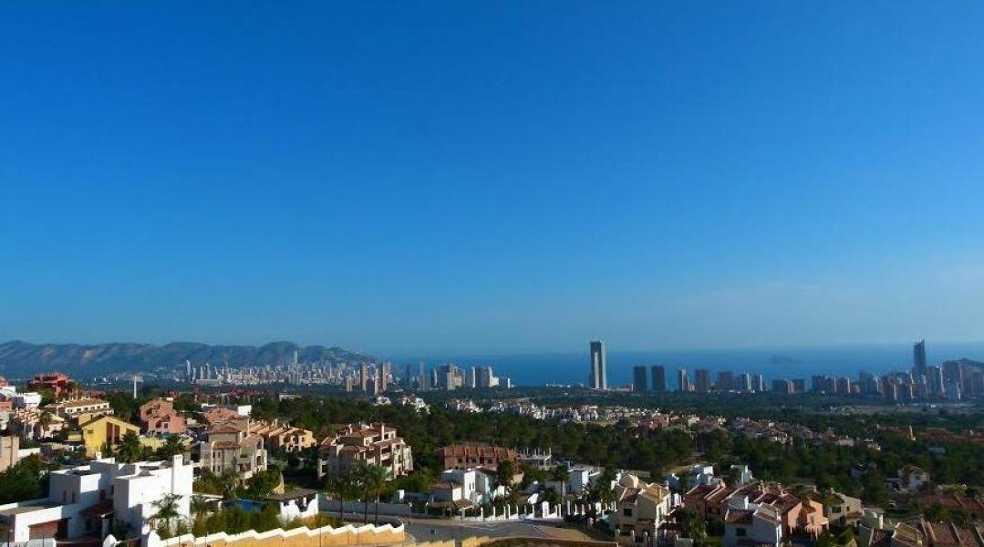 Земля в Бенидорме, Испания, 4000 сот. - фото 1