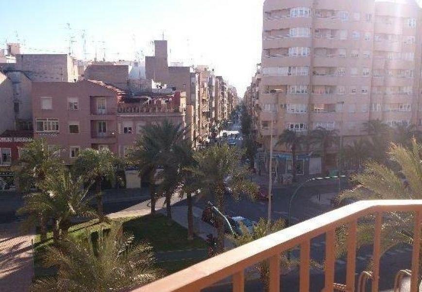 Апартаменты в Аликанте, Испания, 160 м2 - фото 1