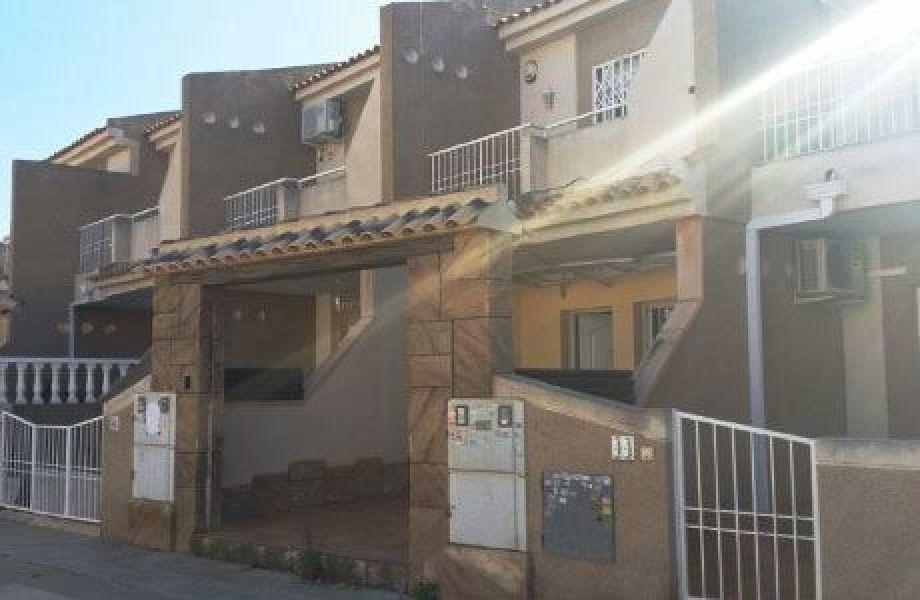 Таунхаус в Торревьехе, Испания, 68 м2 - фото 1